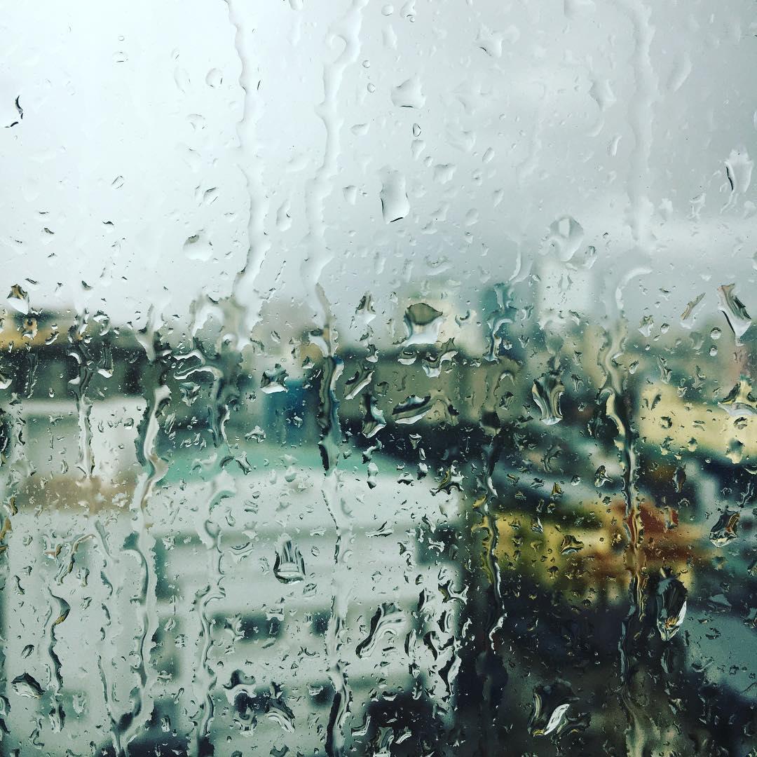やっぱり今日も雨。Undesired rain again in #saigon